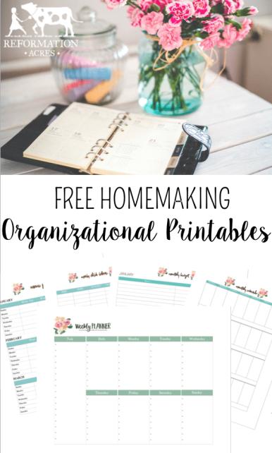 How I Set Up Homemaking BinderPrintables and how you can get Custom Homemaking Binder Printables