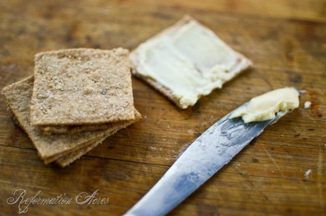 Whole Grain Steel Cut Oat Crackers