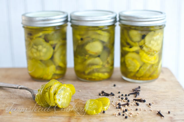 Pickled cucumber or cucumber pickle? Either way, this recipe for canning Sweet Pickled Cucumber Slices makes the tastiest & crispy pickles!
