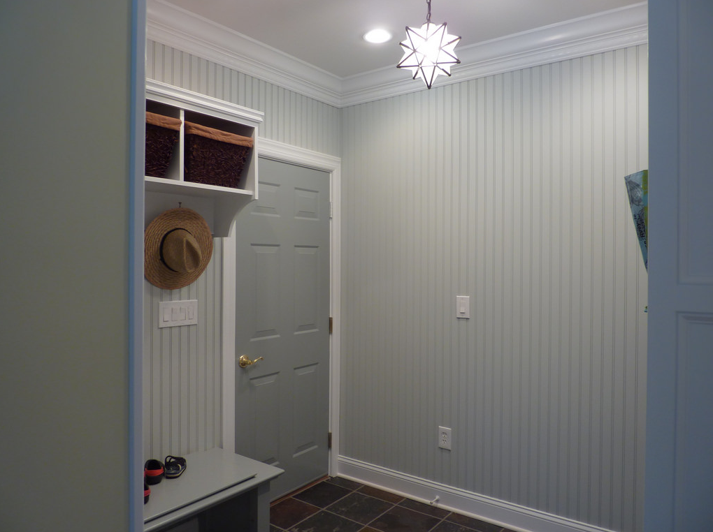 Mudroom with a hat hanging